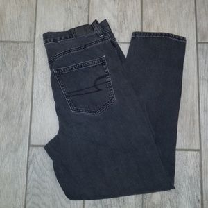American Eagle Outfitters women's black mom jeans